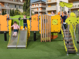 Proludic have a new playground equipment arrival – Diabolo Baby